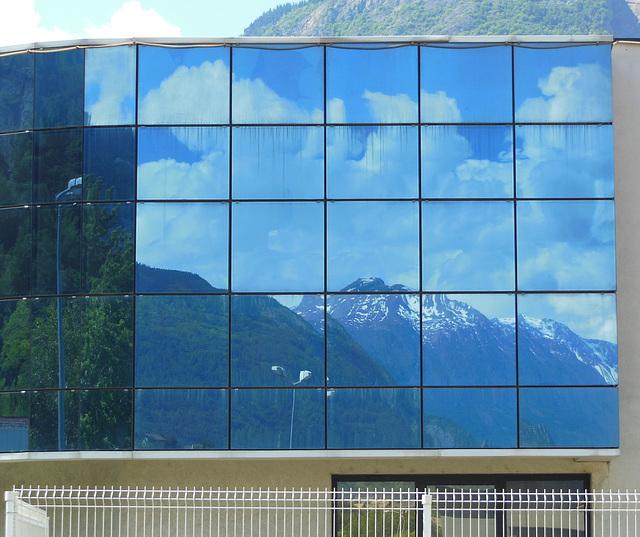 M like MOUNTAIN reflection
