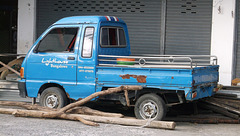 Lighthouse Bungalows small truck