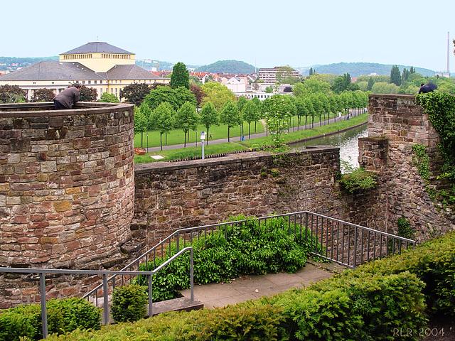 Saarbrücken, Blick vom Schloss über die Saar
