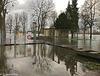 Bei Hochwasser geschlossen - Closed during flooding (PiP)