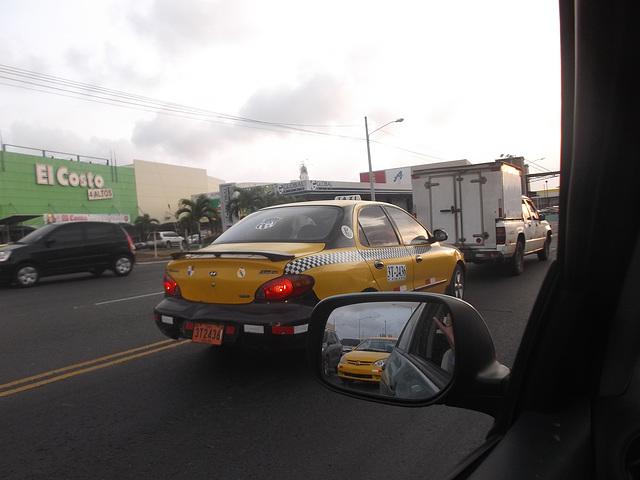 El Costo y taxi