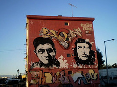 Mural with Che Guevara.