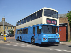 DSCF1985 K481 EUX former China Motor Bus LM10 (FW 3858) - Fenland Busfest - 20 May 2018