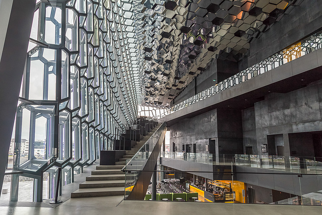 Harpa - Foyer