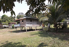 Darièn wooden houses on stilts