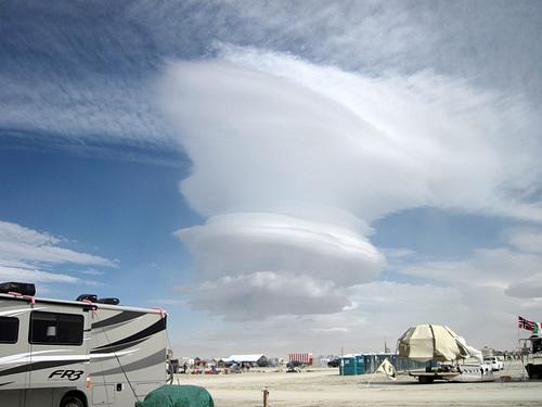Strange Clouds (6526)
