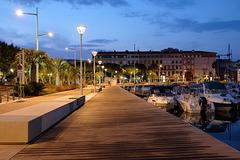 SAINT RAPHAEL: Le port de Saint Raphaël à l'aurore 01.