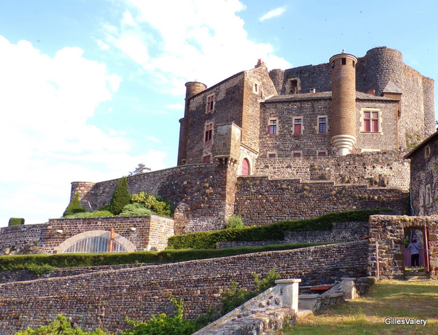 BOUZOLS (le chateau) (4)