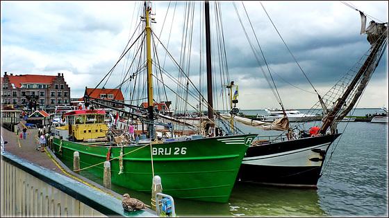 Volendam - (541)