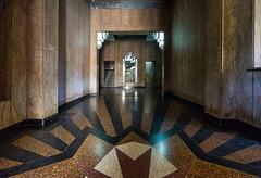 Edificio López Serrano - Entrance Hall