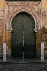 Porte andalouse.