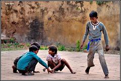 """Playing marbles"" - Orchha - Uttar Pradesh - INDIA"