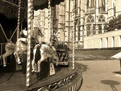 Le carrousel à Beauvais - Picardie - OISE & la Cathédrale