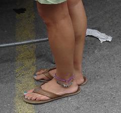 Beaux grand pieds joliment ornés......ou Berthe aux grand pieds.