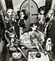Halloween Party At Monster High