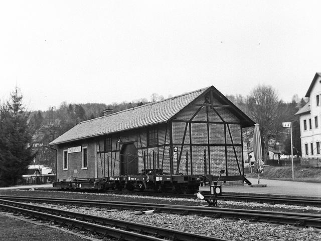Bahnhofsgebäude Steinbach ...