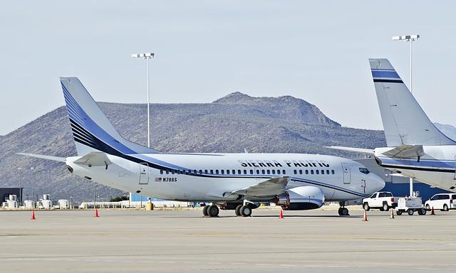 Sierra Pacific Airlines Boeing 737 N708S
