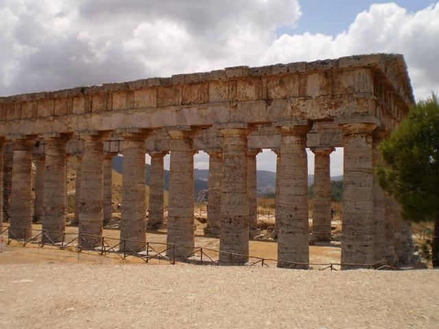 Dorian Temple (5th century BC).