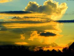 Chaingin clouds