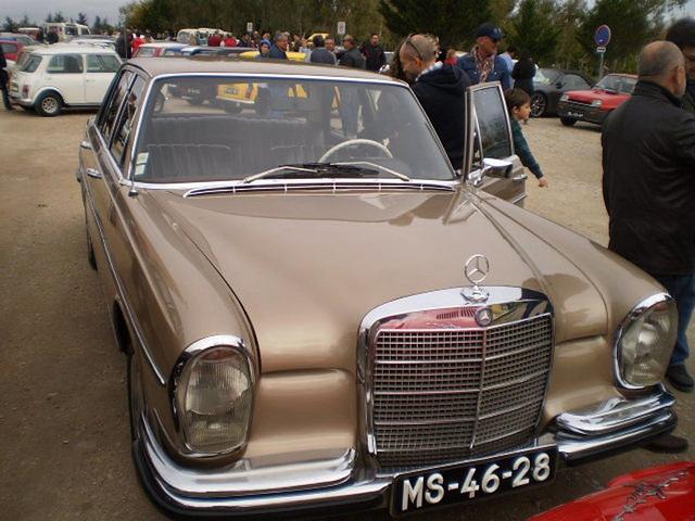 Mercedes-Benz 280 SE (1972).