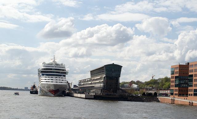 Hamburg Harbour ferry ride (#0009)