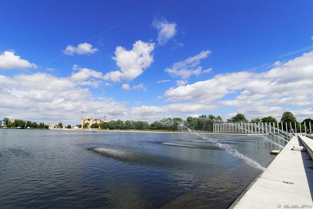 am Burgsee Schwerin (© Buelipix)