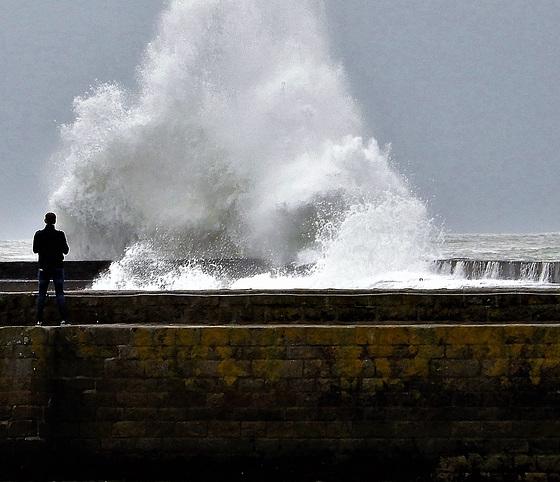 la Bretagne toujours en turbulence,