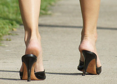 walking heels close
