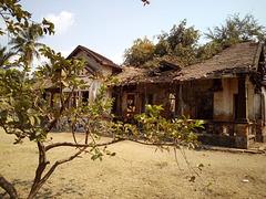 Ruine scolaire / School's ruin