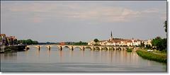 Le pont St Laurent à Mâcon (Bourgogne) [ON EXPLORE]