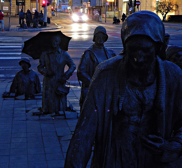 Sculptural crossing