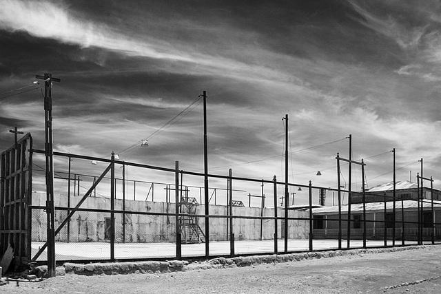 Humberstone tennis court (PiP)