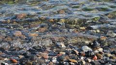 Steine im Wasser ...