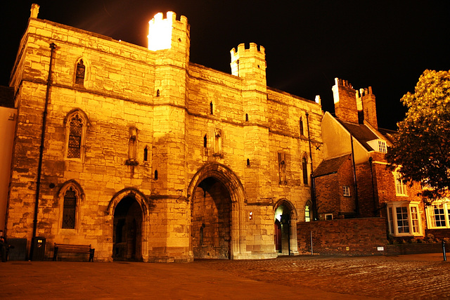 Lincoln's Exchequer Gate
