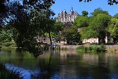 Montigny-le-Gannelon , le château