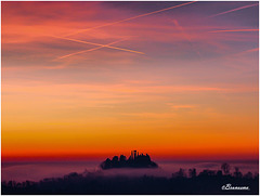 Secret Photographer Challenge - Sunset -  Alba sbucando dalla nebbia SPC 01/2018 - 5° place