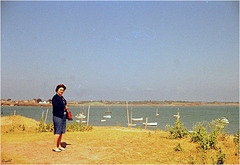 "Maman vers Guérande 1966 ... pour le groupe ""Photos anciennes"" Thème ""On the water"""