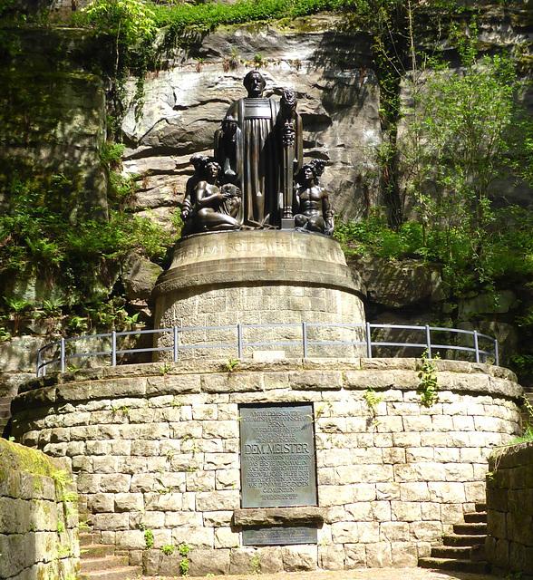 Liebethaler Grund - R.Wagner-Denkmal