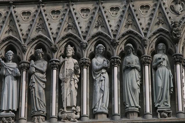Nidaros Cathedral facade 1
