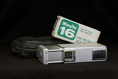 Minolta-16 II