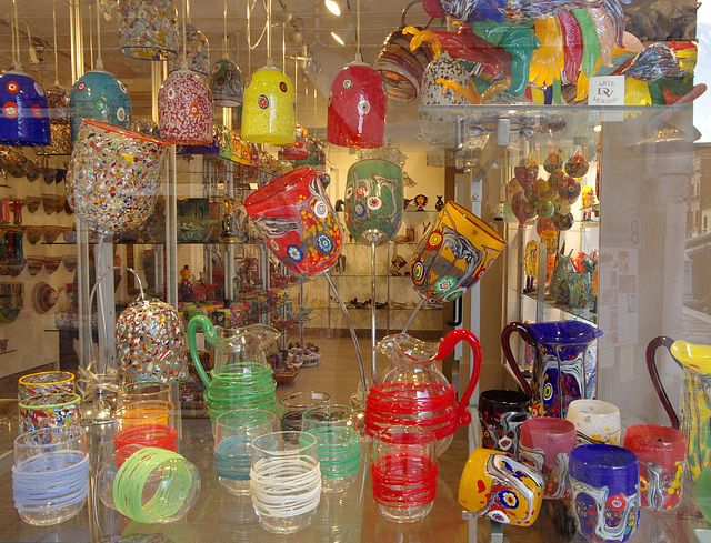 Glass for sale, Murano, where they make it