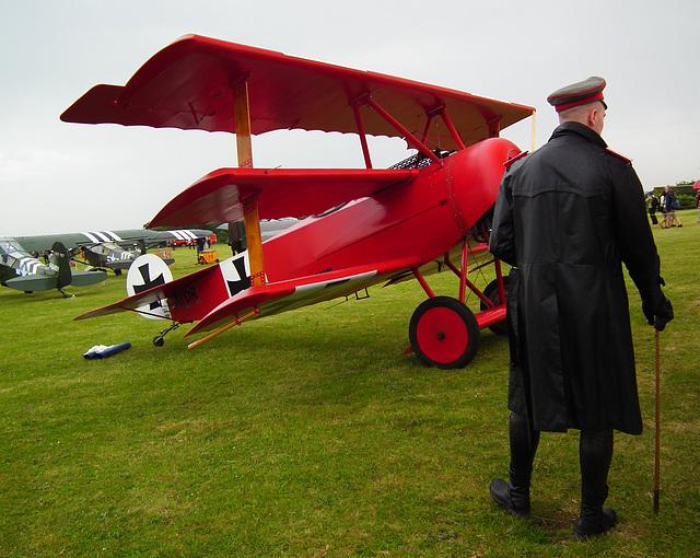 Le Baron rouge et son Fokker triplan DR1 (La Ferté 2014)