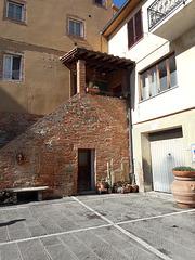 Terricciola..Il balcone tipico toscano