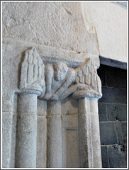 Dinan (22)journées du patrimoine : détails de la cheminée
