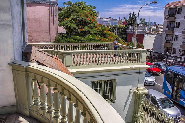 Balcon y Terraza, HFF