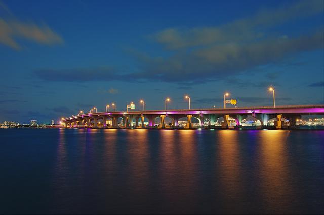 Bridge Miami downton to Miami beach
