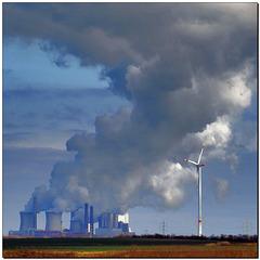 """""""Kohlekraftwerk speist Windkraft"""""""