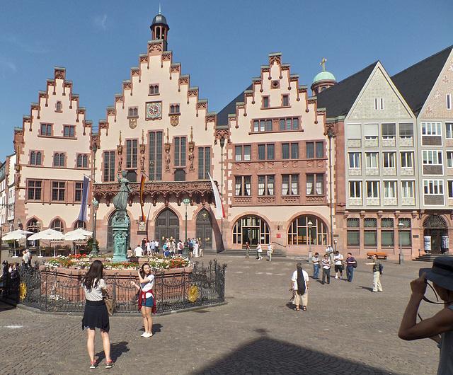 Frankfurt am Main:  Touristenattraktion Nr. 1 : Der Römer