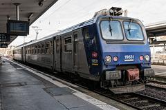 ARC ET SENANS (25) Ballade aux Salines: Départ du train en gare de Besançon Viotte.