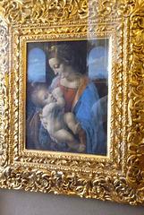 Madonna Litta es una pintura atribuida por muchos investigadores al pintor renacentista italiano Leonardo da Vinci.